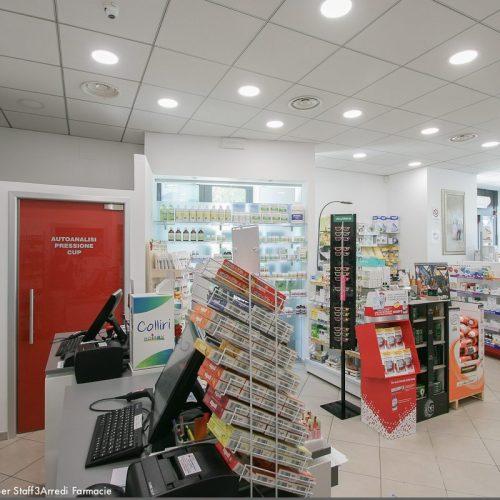 Progetto Farmacia Vista Da Bancone Porta Rossa